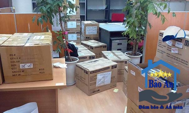 Đóng gói hoàn tất chuyển văn phòng